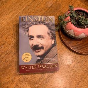 🏆2•4•1📚 Einstein & his life by Walter Isaacson